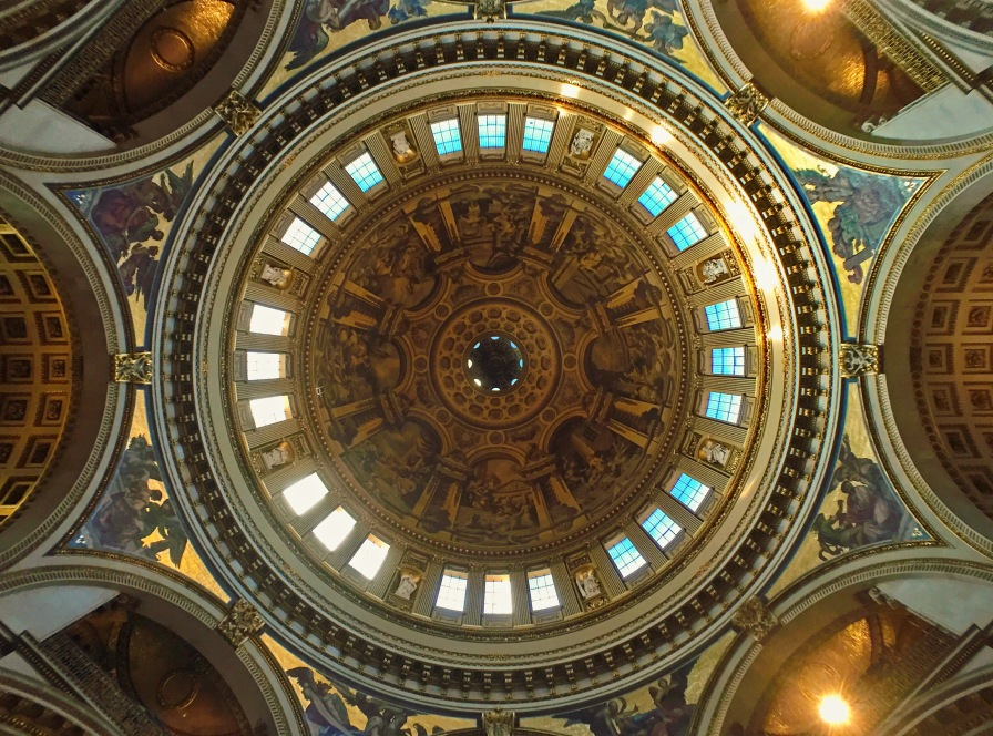 A cúpula por dentro