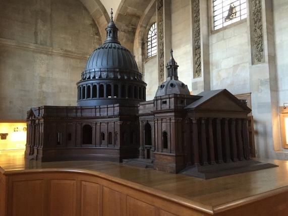 Maquete da Catedral, feita em madeira
